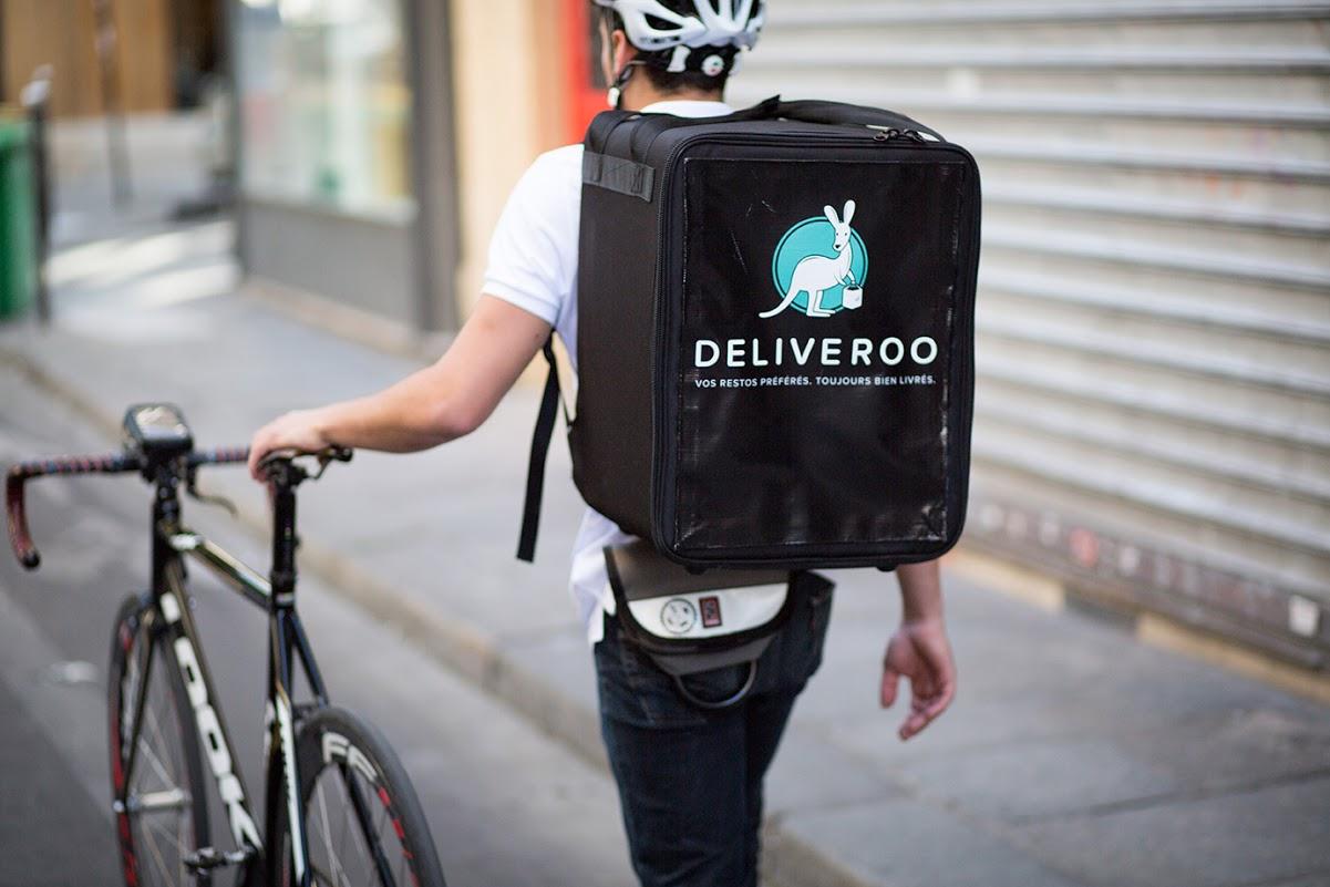 livreur à vélo Deliveroo